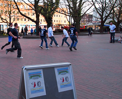 Fußball auf dem Holstenplatz